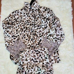 Jones 2 piece Leopard Print Pajama Set